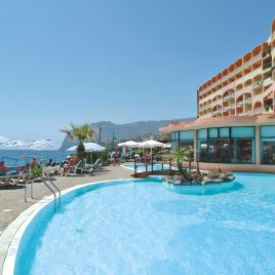 Aparthotel Pestana Bay All Inclusive Resort (4*) – Madère